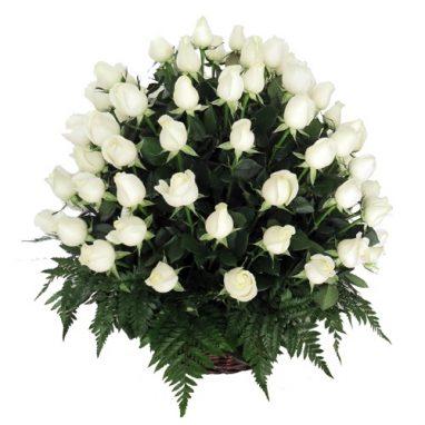Arreglo Floral Fúnebre con 50 rosas