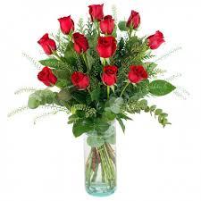 Arreglo Floral con 12 Rosas